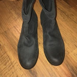 Frye ankle boos size 8 & 8.5